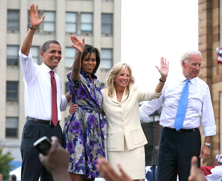Obamas_and_bidens
