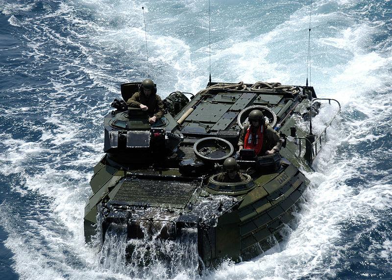 Us_navy_050723n5313a160_an_amphibio
